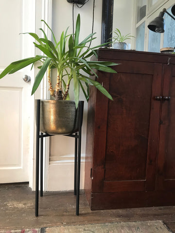 Planter on Stand - Gold colour - large