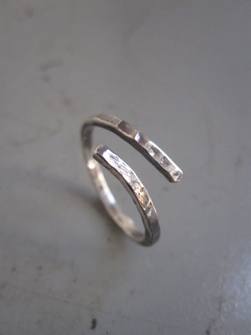 925 Silver hammered twist ring