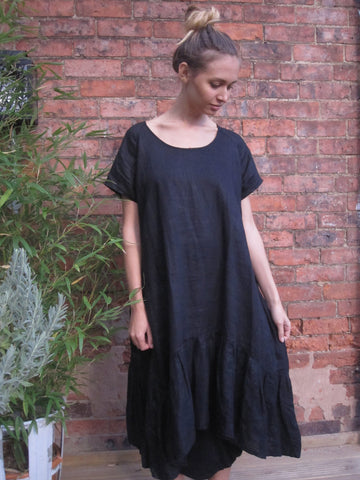 CollardManson Frilled Hem Linen dress -Black