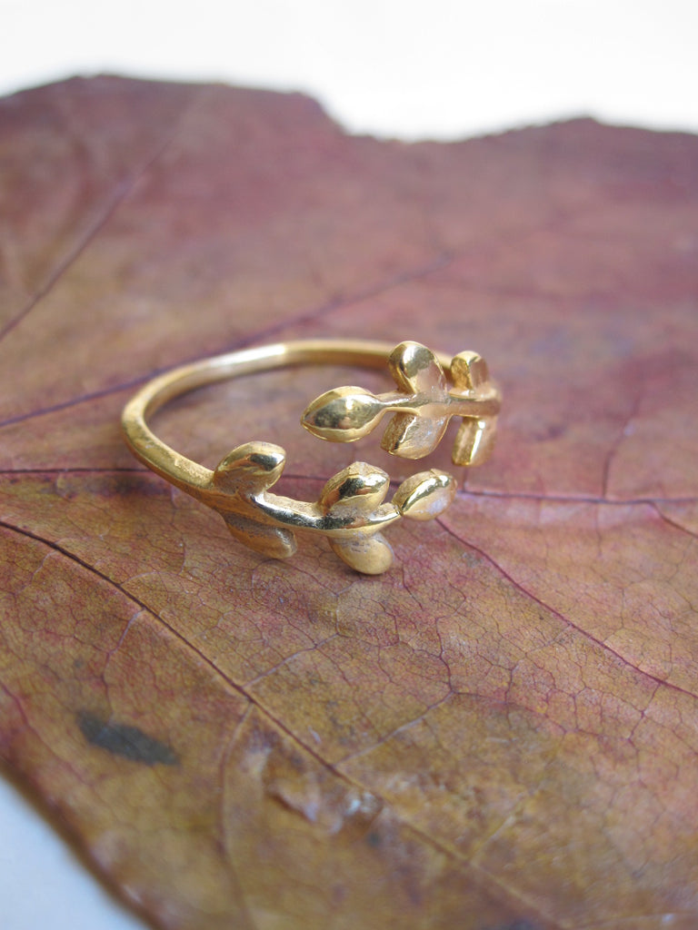 Gold plated 925 Silver leafy Ring