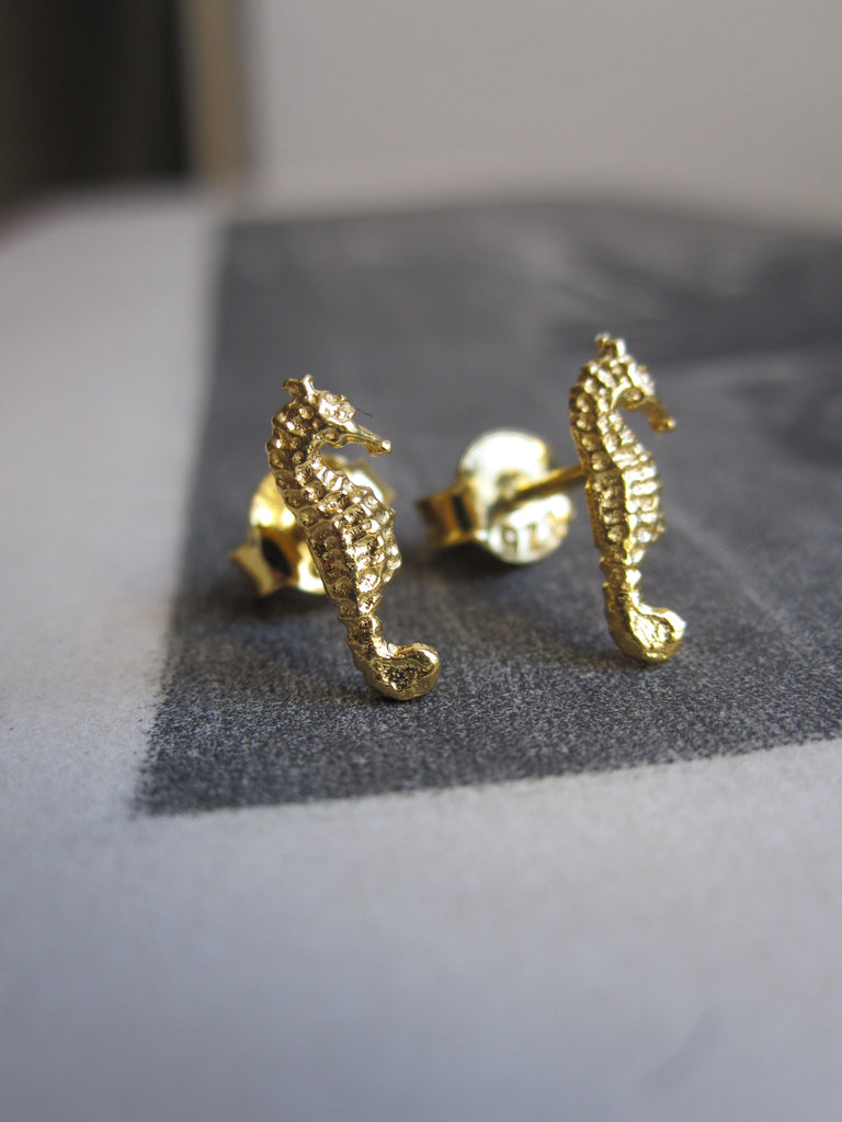 925 silver seahorse earrings - gold
