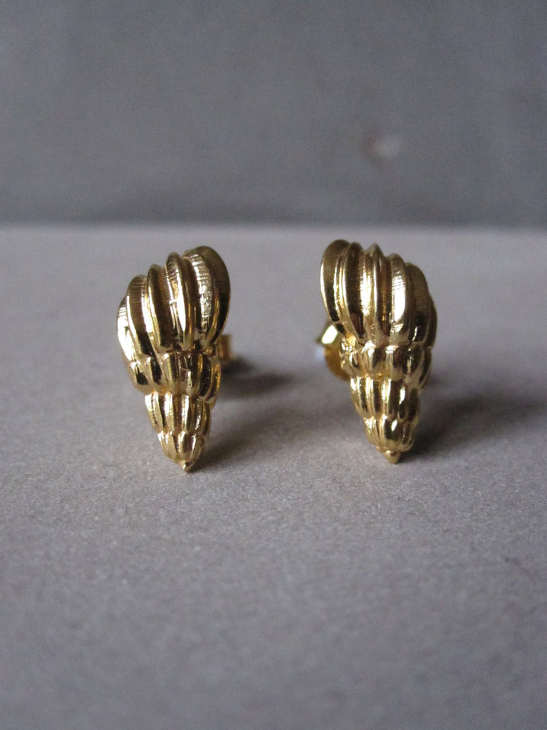 Seashell Studs gold plated