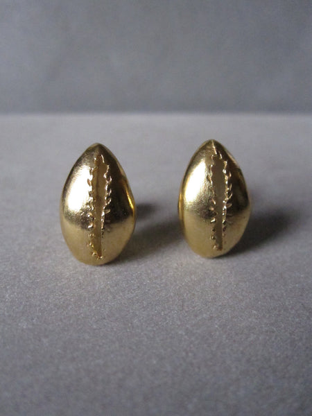 Cowrie shell Studs gold plated