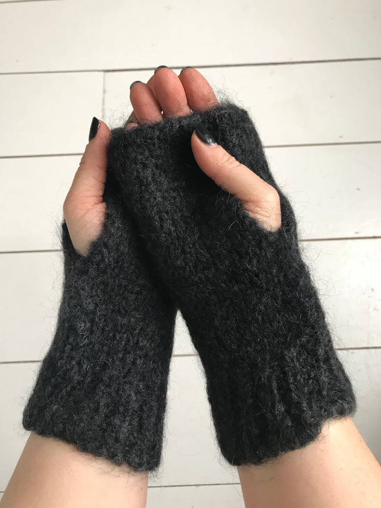 WDTS - Arm warmers in Black Mohair Wool