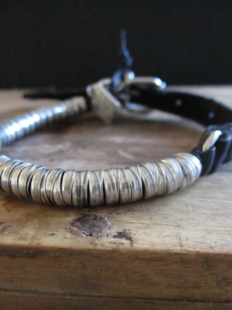 Goti leather bracelet with 925 Oxidised Silver BR049