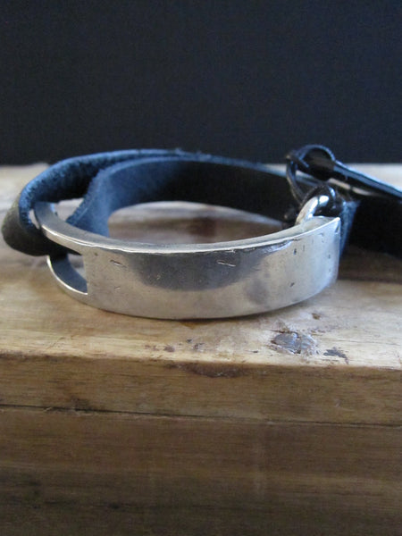 Goti 925 Oxidised Silver and leather bracelet BR503