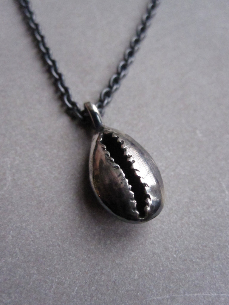 Oxidised 925 Silver cowrie shell necklace