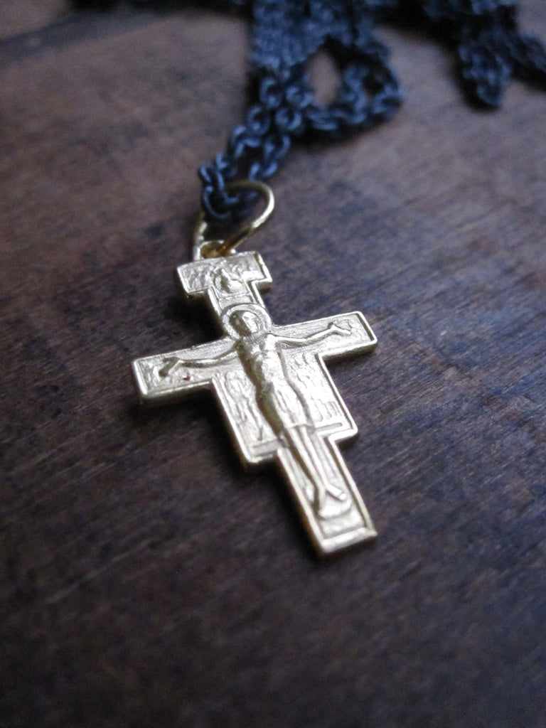 WDTS Gold plated 925 Silver cross with Jesus necklace
