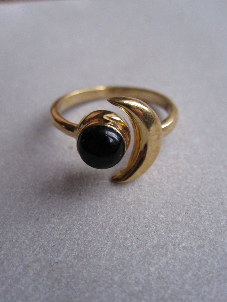 925 Silver moon ring with black onyx - Gold