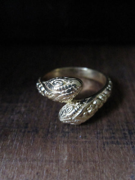 Two headed snake ring - gold