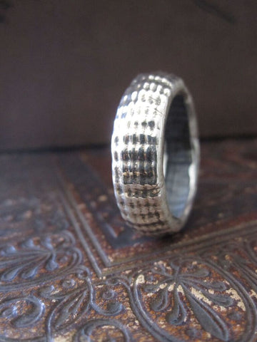 925 Oxidised Silver Ridge Band