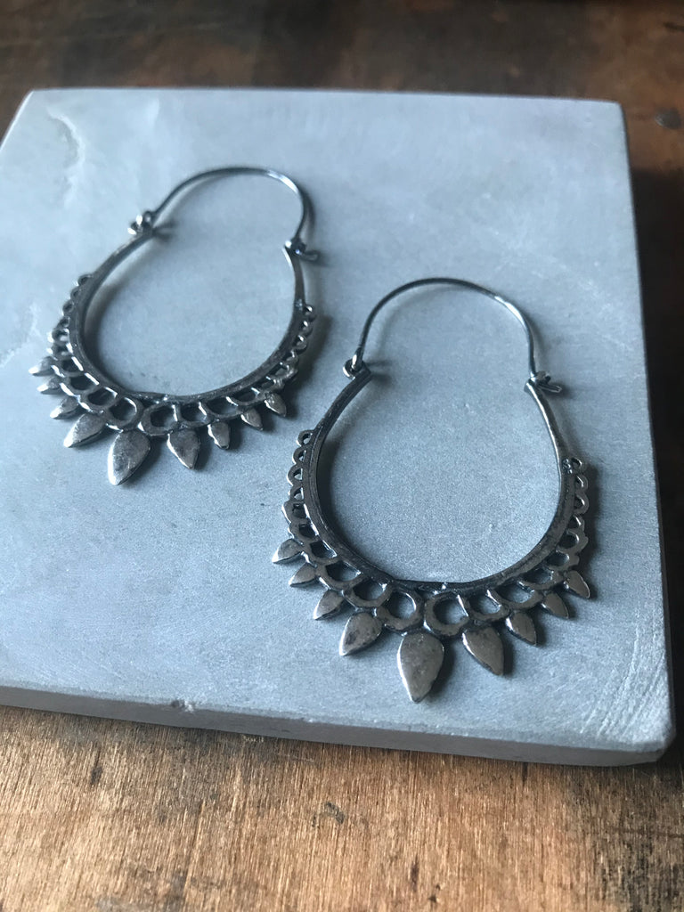 Arya Earrings