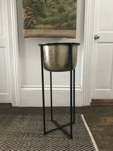 Planter with stand - Large gold