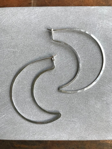 925 Silver Thin earrings - crescent moon
