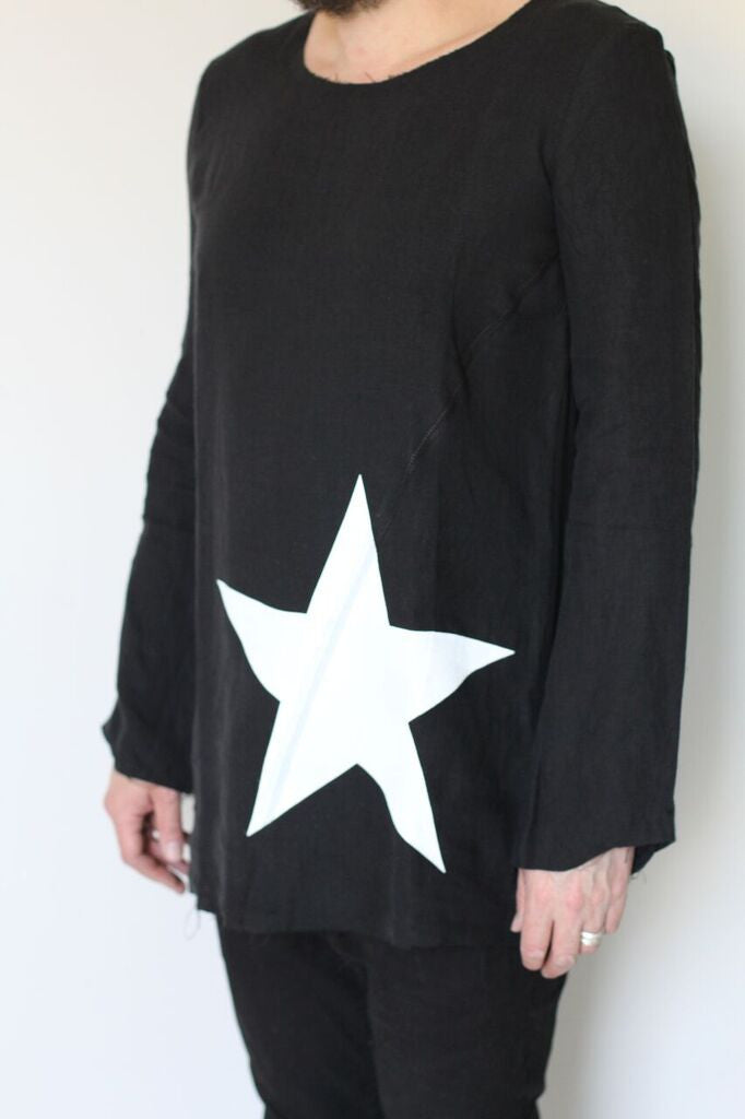 Window Dressing The Soul- Star Linen Top- black