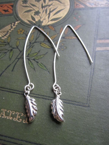 925 small drop leaf earrings