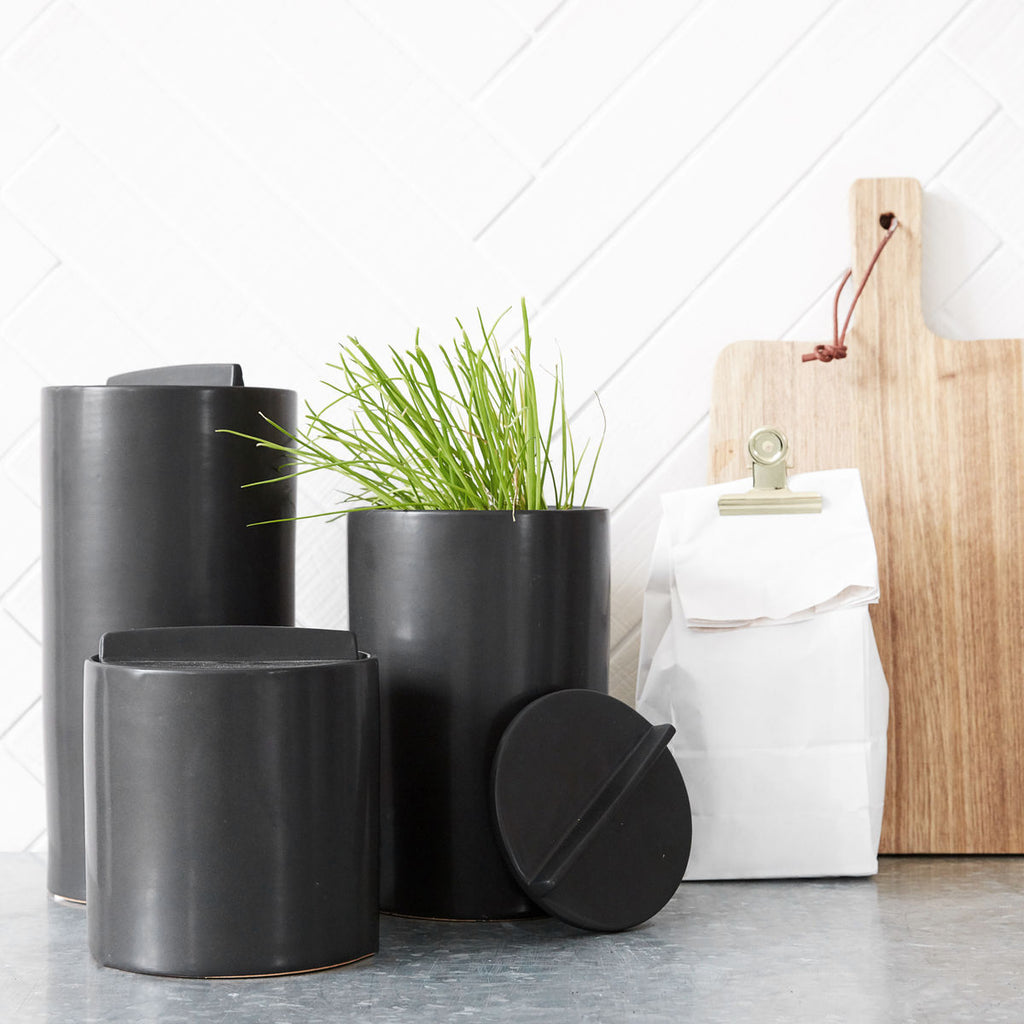 Black Kitchen Jar/ Lid
