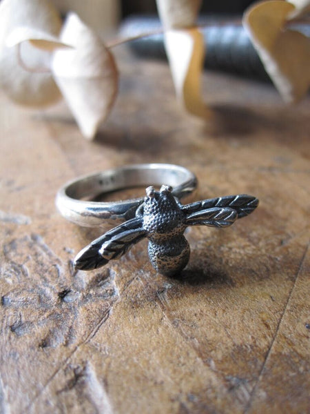 925 Silver Bee Ring Oxidised
