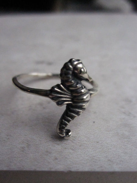 925 Silver Seahorse Ring