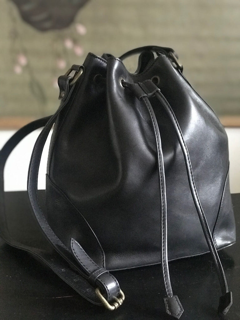 CollardManson Bucket Bag - Black Leather