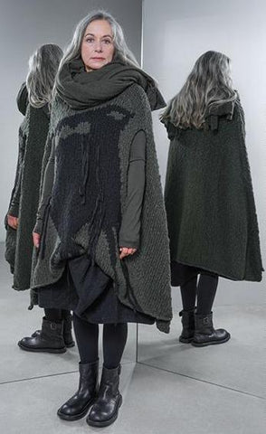 Rundholz AW18 1443902 Knitted Poncho Olive