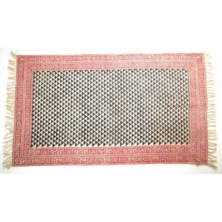 Tapis Triangle Rug
