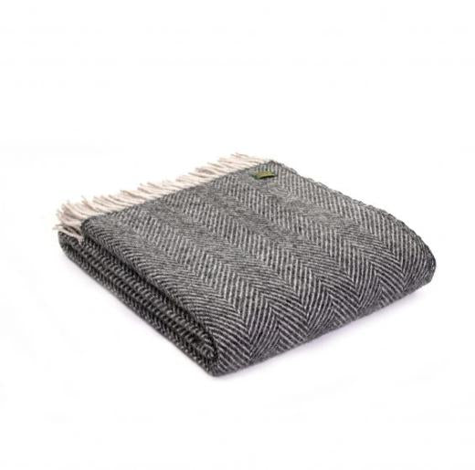 Lifestyle Knee Throw - 70x183cm - Herringbone Charcoal/