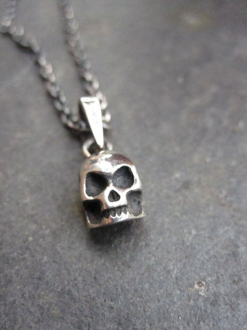 CollardManson 925 Silver Skull Necklace