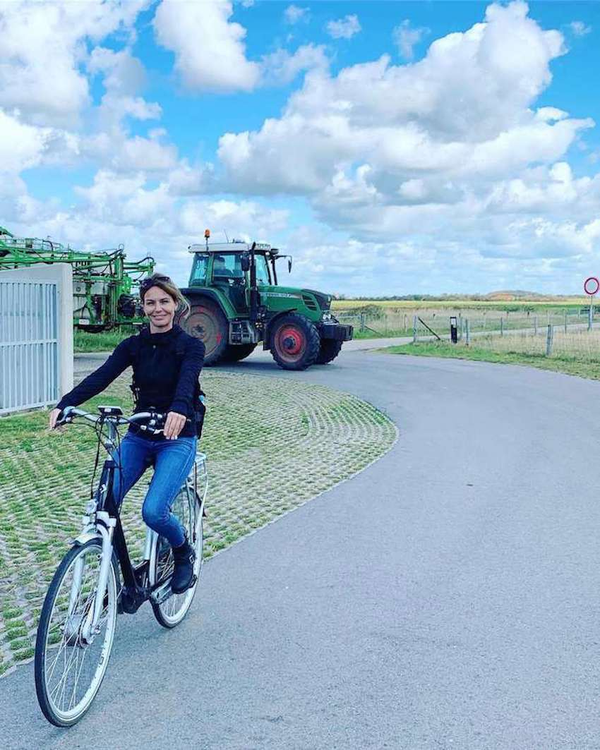 Most popular tour guide on a e-bike on the island of texel in world heritage wadden sea
