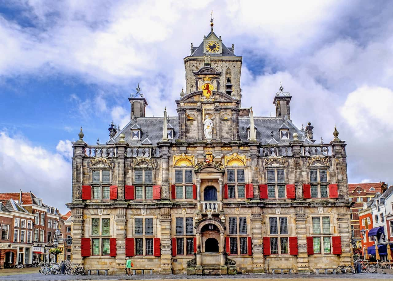 visit the market square of delft with our history  tours