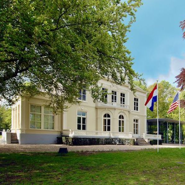 WWII tour that visits villa hartenstein that is now the airborne museum in arnhem and nazi concentration camp Amersfoort  with tulip day tours