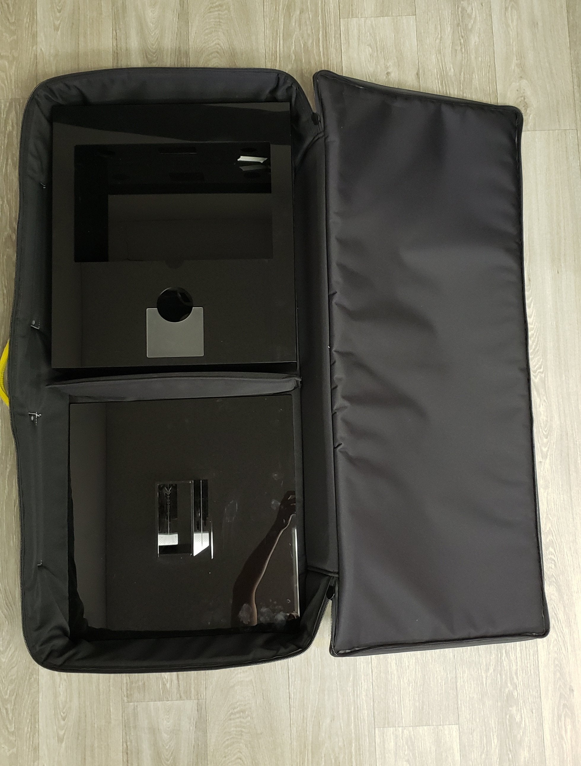 portable photo booth in carry case