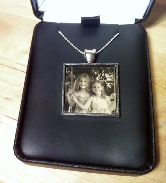 tintype print, digital tintype, tintype, wet plates, ambrotype, how to make a tintype, wet plate collodion, locket photos, pendant photos, turn my photo into a locket, turn my photo into a pendant