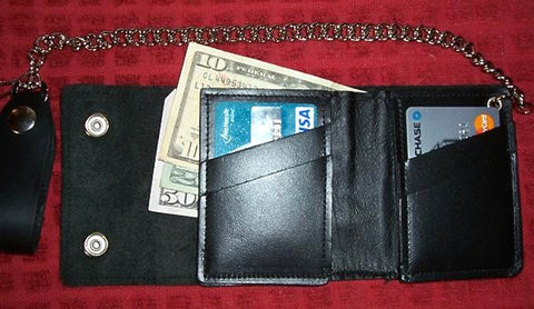 Credit Card Bifold Wallet W/Chain