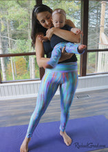Load image into Gallery viewer, Teal Abstract Art Leggings Dalia Style by Artist Rachael Grad on Jess Pilates Womens Tights with baby standing