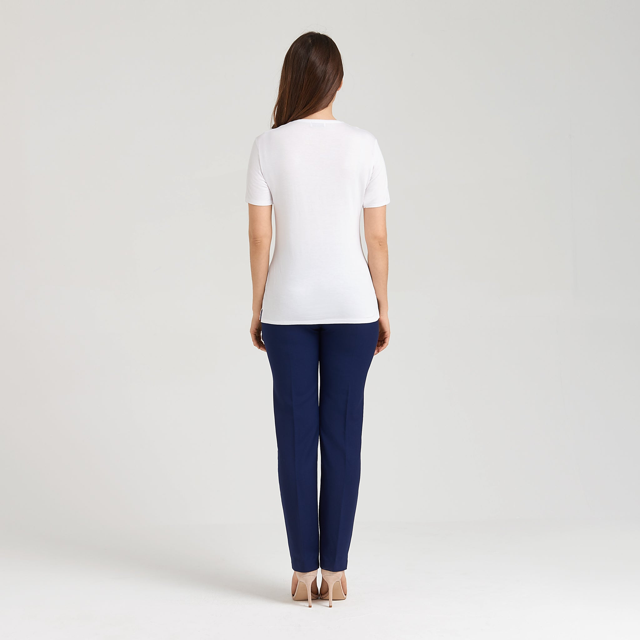 White short-sleeve t-shirt made of thermo-regulating bamboo