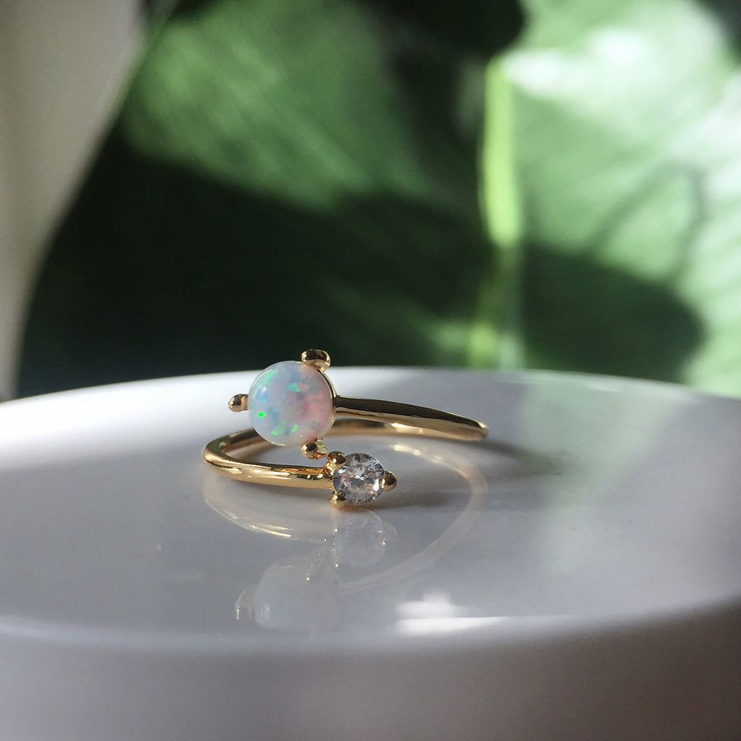 Minimalist Opal 14k Gold Ring