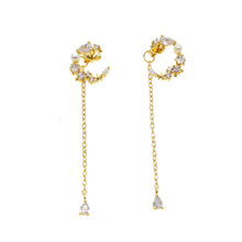 Load image into Gallery viewer, Pearl Moon Earrings