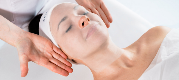 10 REASONS YOU NEED AN AESTHETICIAN