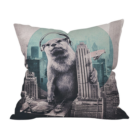 DJ Throw Pilloww by Ali Gulec
