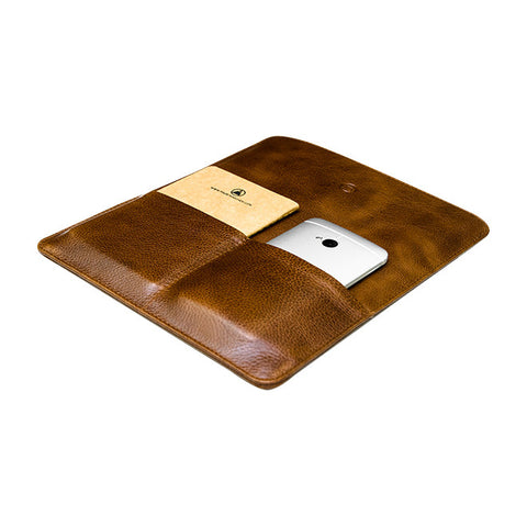 Franklin iPad Case in Tobacco