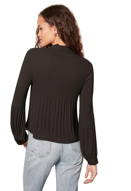 BB Dakota - Yes Pleats Top Black