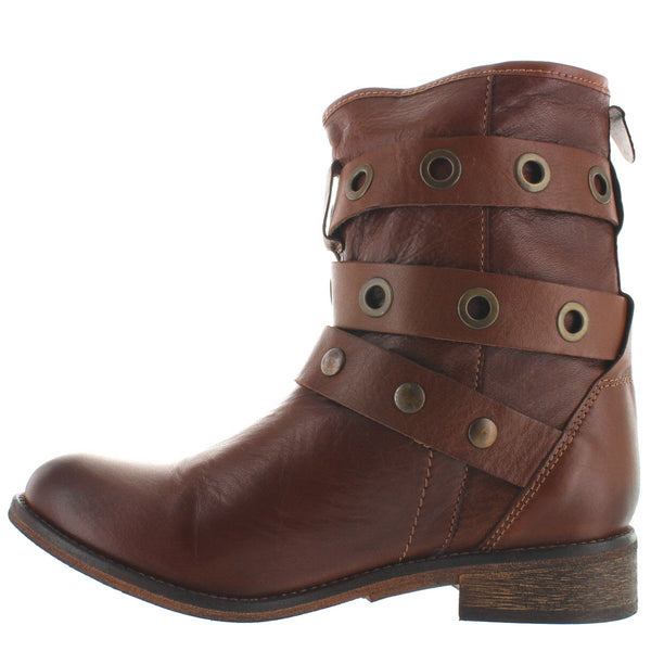 Musse & Cloud Adriana - Cue Leather Dual Buckle Hardware Strap Engineer Boot