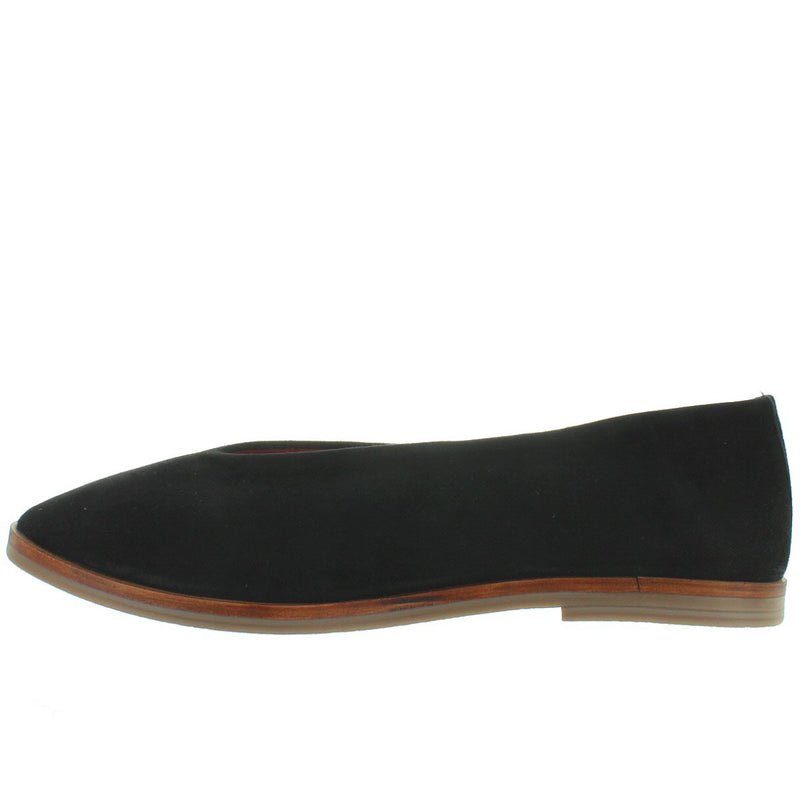 Musse & Cloud Simone - Black Suede V-Neck Slip-On Flat