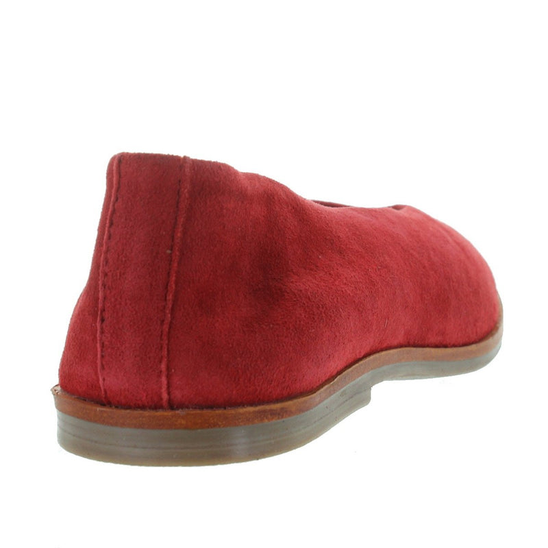 Musse & Cloud Simone - Ceramic Red Suede V-Neck Slip-On Flat