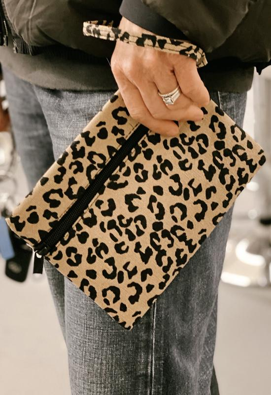 Canvas Clutch Leopard