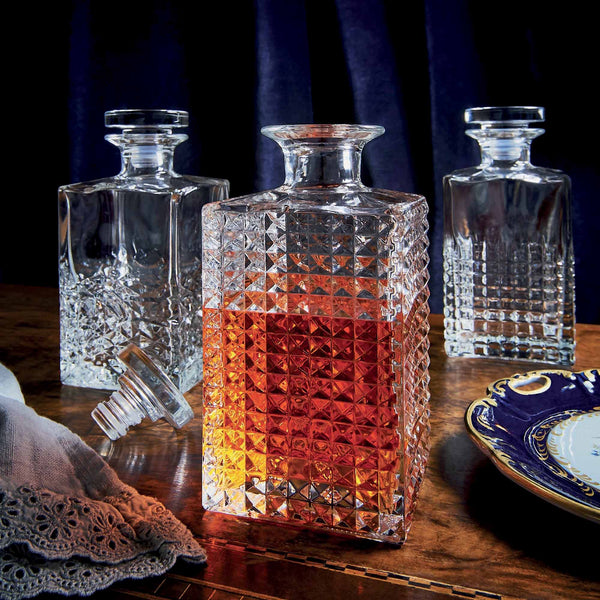 Mixology 25.25 oz Textures Spirits Decanter with Airtight Glass Stopper (1 Piece) - Luigi Bormioli USA