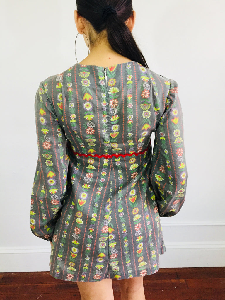 Wallflower Sweet 60's Gray & Floral Dress