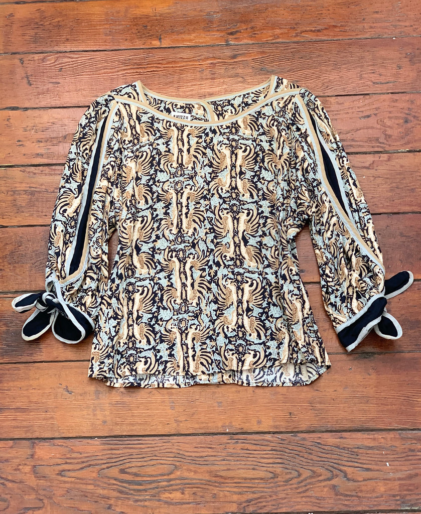 Printed Billow Sleeve Top