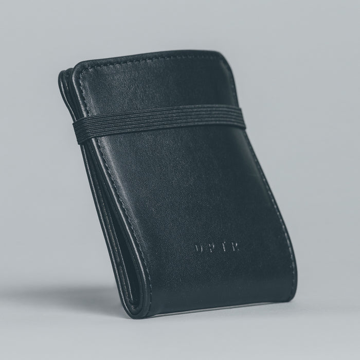 LIQUID WALLET . BLACK